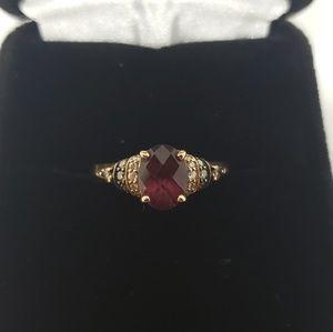 🌻Easter Sale!🌻 LeVian Diamond & Garnet Ring
